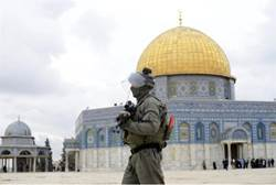 israeli soldier temple mount