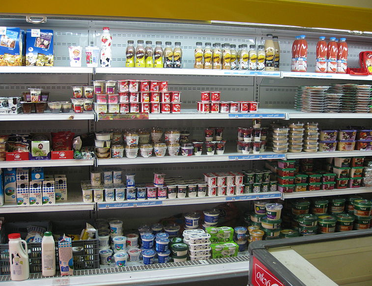 tel aviv supermarkets can stay open on shabbat