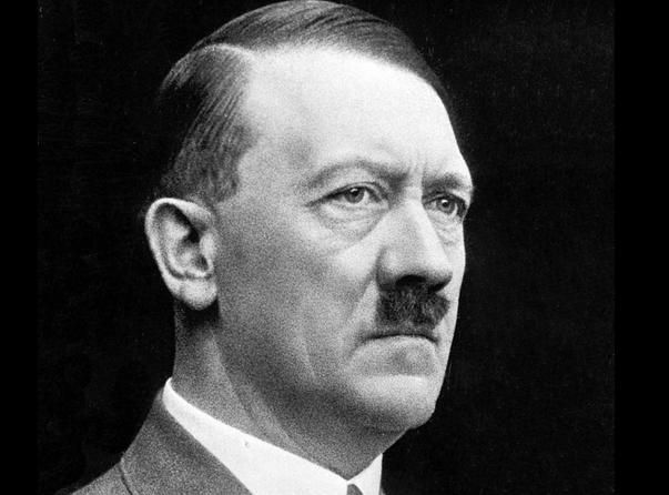 hitler had one testicle