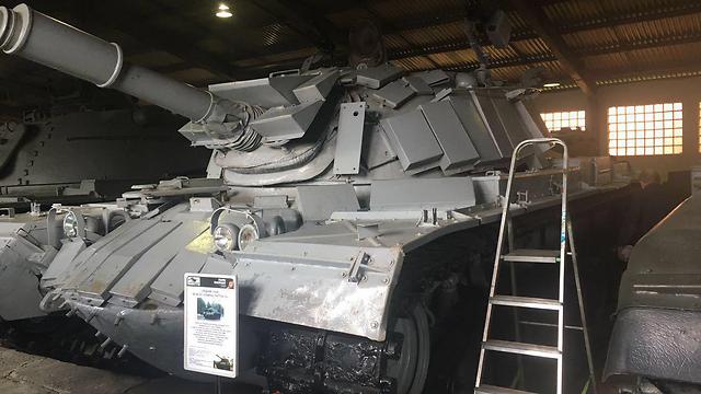 putin returns israeli tank