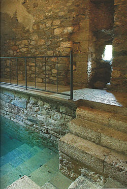 mikvah found in spain